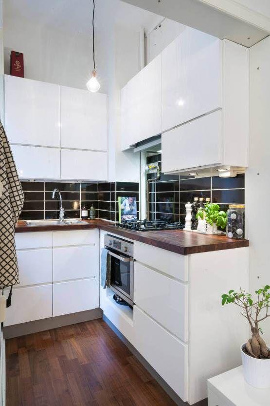 Las 25 mejores ideas sobre peque as cocinas blancas en for Cocinas claras modernas