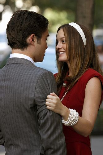 TG4 Gossip Gril Medium shot of Ed Westwick as Chuck and Leighton Meester as Blair, embracing on sidewalk, smiling. by TG4TV, via Flickr