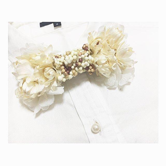 オーダー品出来上がり〜 フラワータイブローチ♡ #hademade#コサージュ #リボン#ribbon#入園式#造花とプリザmix#フラワータイ#蝶ネクタイ#オーダー品#Linda_acc