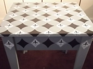 Side Table With Harlequin Pattern And Fleur De Lis
