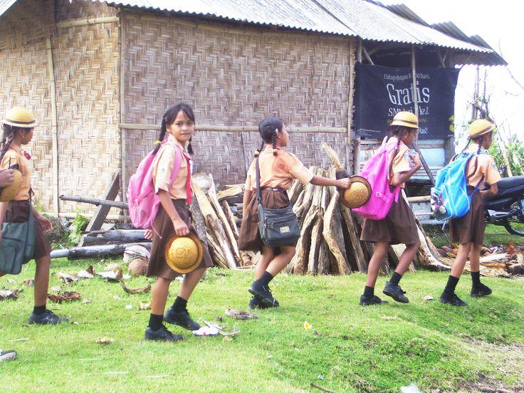 kids in Desa Nyanyi, Bali, Indonesia
