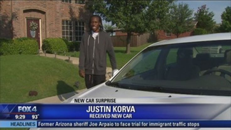 Strangers buy car for 20-year-old Texas man who walks 3 miles to work | WTVR.com