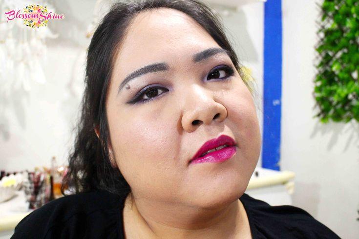 Ultraviolet Makeup 05 . #blossomshine #makeup #makeupcollaboration #stillainthemoment #purpleeyeshadow #ultraviolet #Pantone2018 #smokeyeyes #purplesmokeyeyes