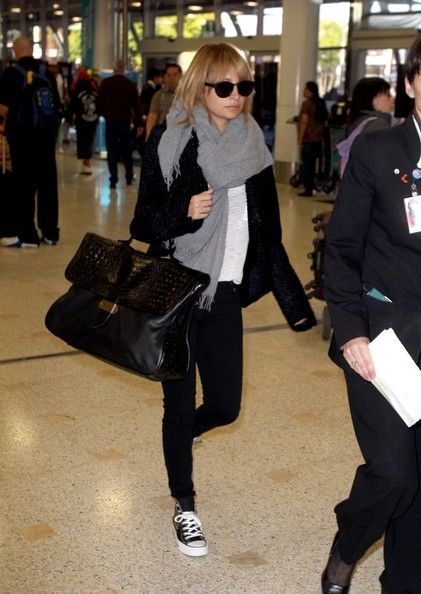 Nicole Richie Lands in Sydney