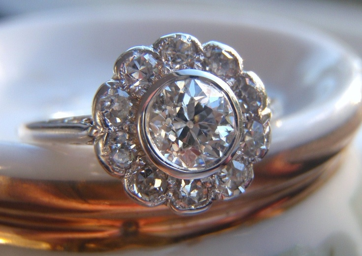 Edwardian Vintage Diamond Daisy Custer Engagement Ring Old European Cut Diam