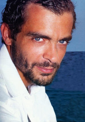 constantine markoulakis   ⌘international theatrical actor, and a beautiful Greek man.