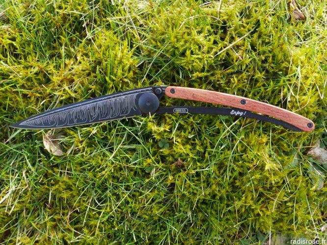 Couteau personnalisé My Deejo, couteau de poche ultra léger sur mesure personnalisable par radis rose http://radisrose.fr/couteau-personnalise-my-deejo/ #couteau #deejo #concours