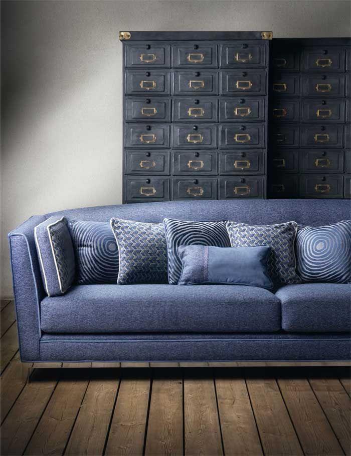 Armario Nix de estilo industrial en el catálogo de Alhambra textiles 2013