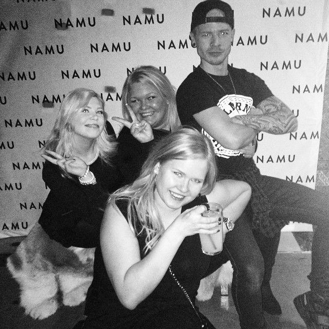 """Tyttöjen ilta  #namu #helsinki #tbtnamu #party #today #fun #blond #girls #bestgirlever"""