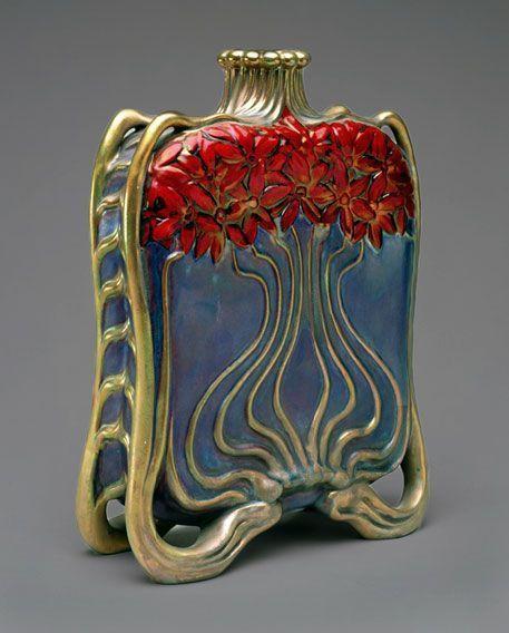 "shewhoworshipscarlin:  ""Art Nouveau flask, 1890-1900.  """