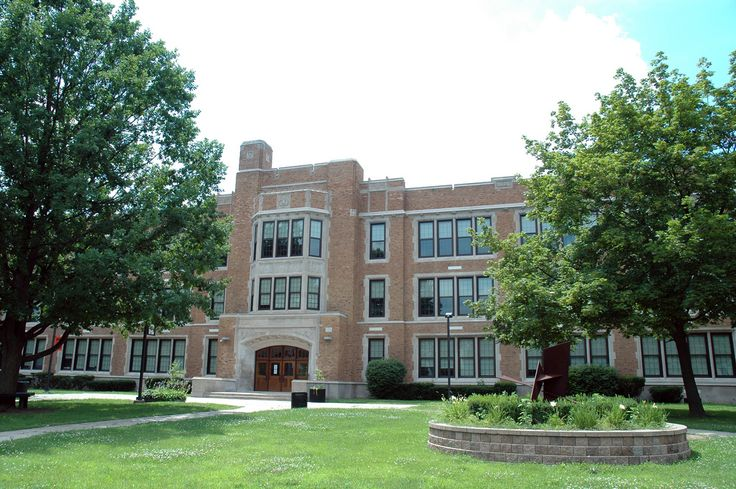"https://flic.kr/p/569Yb3 | George A. Dondero High School | The former ""Dondero High School"", now Royal Oak Middle School.  Dondero from 1927-2006 ROMS 2007-"