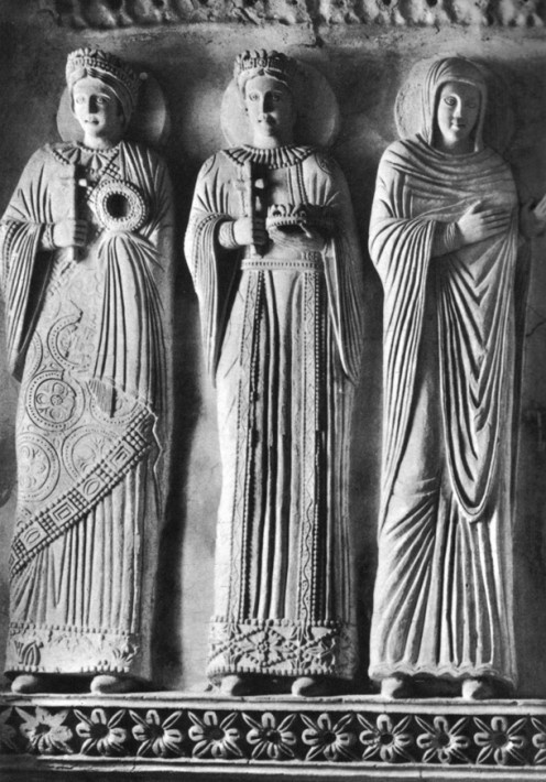 Stucco figures, 8th cent.