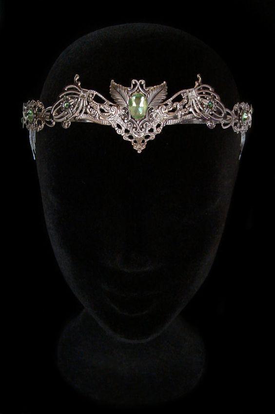 Diadem. tiara. circlet. crown. Delightful. | Fantasy jewelry. Hair jewelry wedding. Jewelry