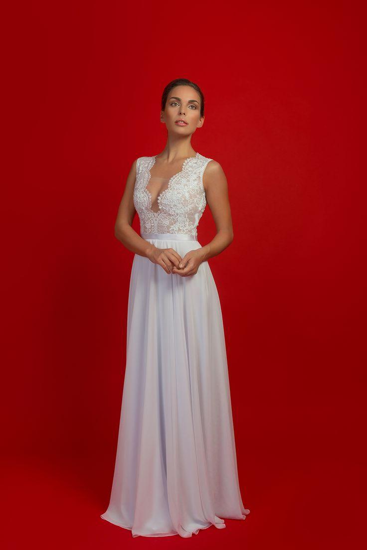 Svatební šaty s elastickým živůtkem a kruhovou šif