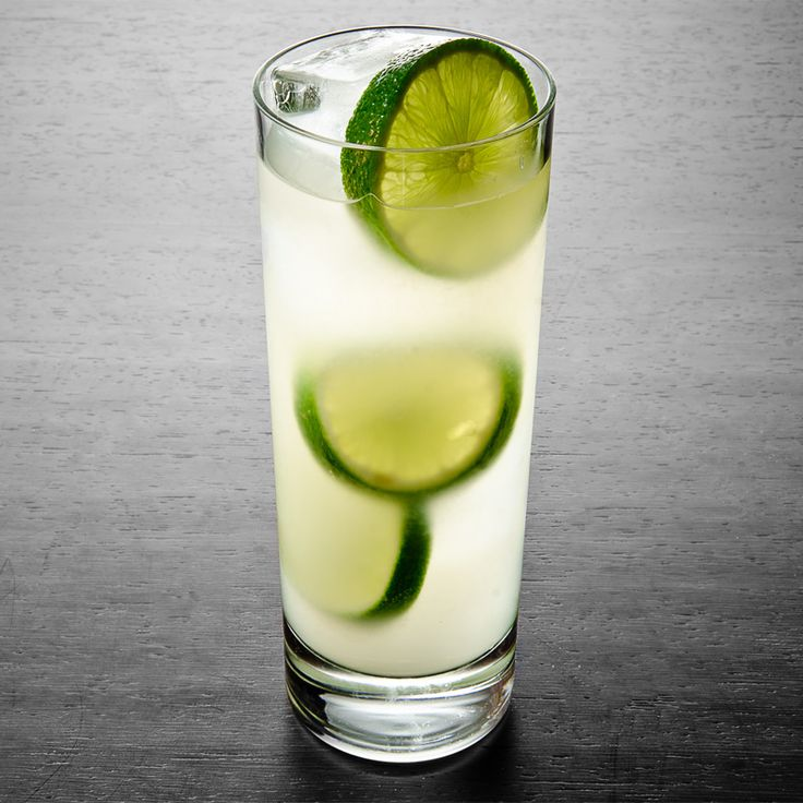 Gin Rickey | 7 Cocktails Loved by Famous Writers | Liquor.com