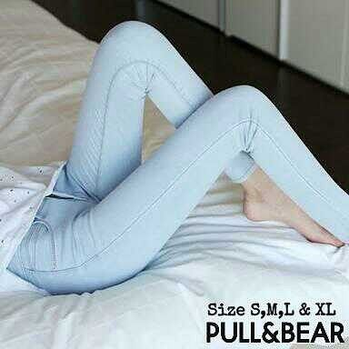 """""HW punny pull & bear Material: soft jeans Harga: 145 Size: 27-30 Order PIN CS1-5A1F32FA PIN CS2-5FI5DE72 & SMS/WA 087722-575-101  Reseller & Dropship Welcome!  Happy Shopping! :) #jamtangan #jamtanganwanita #jammurah #grosirjam #sweatercouple #flatshoes #jamtanganterbaru #resellerjamtangan #taswanita #sneakerscwe #celanajeansripped #jamtanganartis #olshop #wedgesterbaru #jaketjeans  #resellerwelcome #celanajeans #sepatubandung #celanajeanshw"