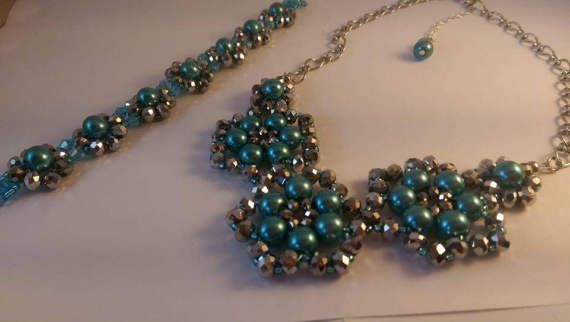 Glass beaded flower necklace/bracelet set.  Teal and silver