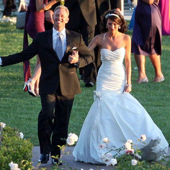 Ian Ziering and Erin Ludwig Ian's May 2010 wedding to Erin was a 90210 reunion in Newport Beach, CA.