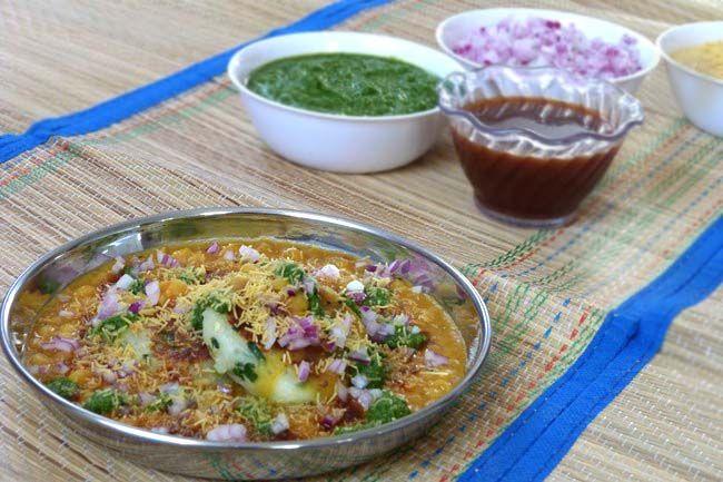 Ragda Pattice Recipe – Mumbai Street Food – Ragda Patties