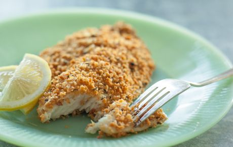 Enjoy the crispiness of fried fish with a simpler and healthier recipe. Toasted panko bread crumbs (crunchier than traditional bread crumbs) create a flavorful coating for tilapia fillets, but the mixture could also be used with other fish, like salmon. Adjust the cooking time based on thickness of fillets.