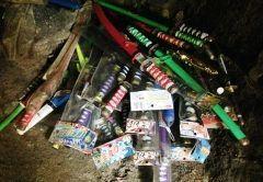 糸島市にある七郎権現という神社にはおもちゃの刀が大量に奉納されています 現在かぜ咳ぜんそくの神様として参拝者が多く御願成就には木刀を供える風習があるんだって tags[福岡県]