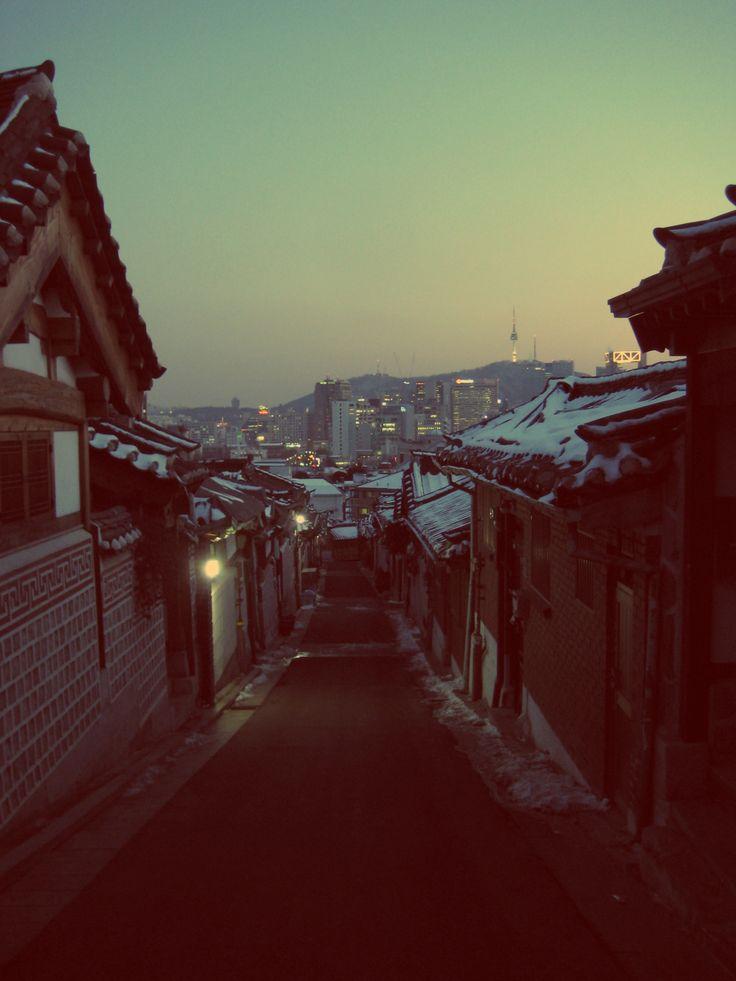 Seoul, South Korea. __ i miss those snows..