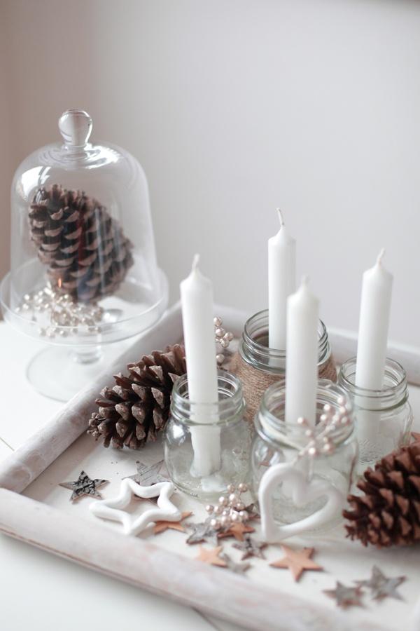 Adventskranz ganz in weiß für Puristen - sehr stilvoll! #Tischdeko