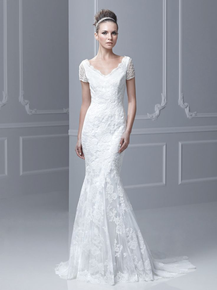 114 best Wedding dresses et images on Pinterest | Wedding frocks ...