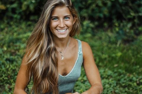 Alyse Brautigam is the founder of Raw Alignment ~ a platform focused on empowerment and self-love. She was born and raisedin Connecticut,then moved to Georgia