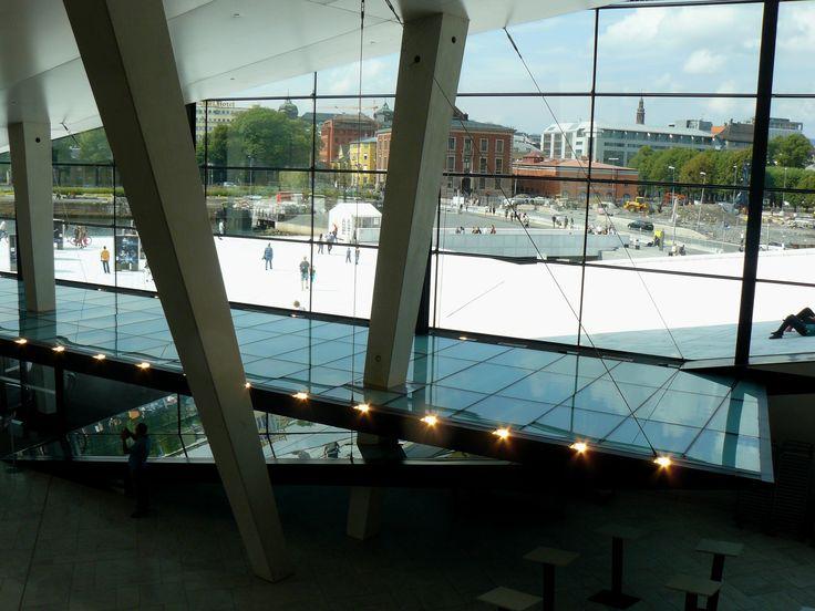 2 August: odpolední koncert v Opera house (asi mám radši tu architekturu než operní zpěv, ale stejně to byl zajímavý zážitek)