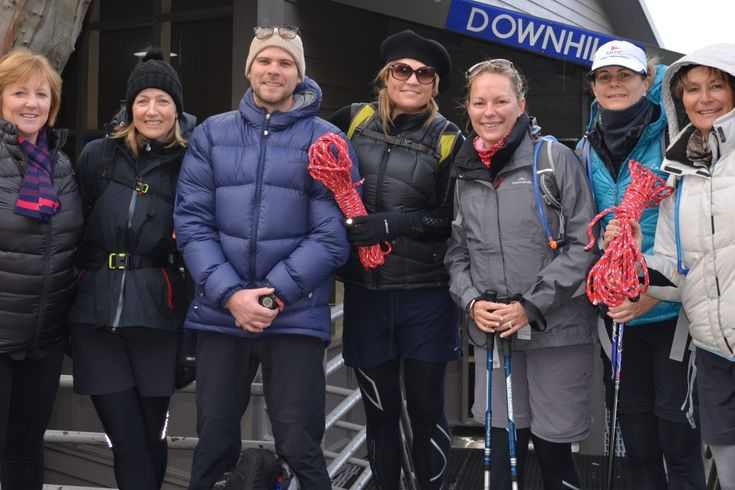 Pictured (l-r) Janee McEvoy, Katherine Strover, Tim Strapp (ProSport Health & Fitness), Leanne Mclauchlan, Tiffany Comb, Carey Cuneo and Ann Bongiorno
