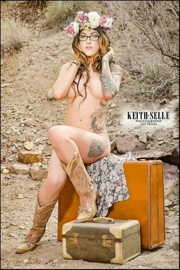 That would Tattooed country girl nudes grateful