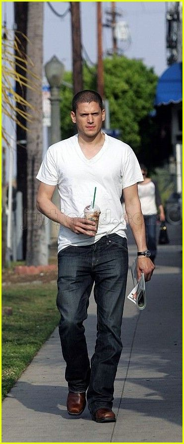 Wentworth Miller...this man does things to my body without even having to touch me lol ♡