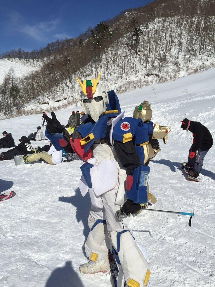 """""""スキーに行ってるお兄ちゃん様から届いた現地の写真を見て寝起きの脳が混乱している"""""""