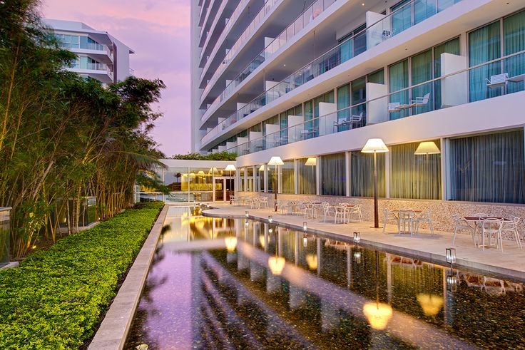 Espejo de Agua del #Hotel #HolidayInn #Cartagena #Vistas #Atardecer #Views Reservas: reservations.ctghi@ihg.com