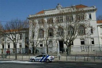 Câmara aprova moção para reabilitação do Liceu Camões - Diário de Notícias - Lisboa