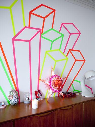 Figaro Madame Japon, neon masking tape © julie ansiau