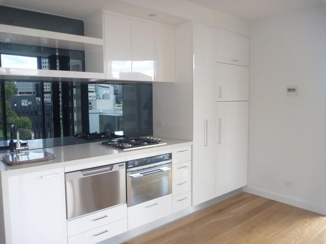 507/338 Kings Way SOUTH MELBOURNE $460