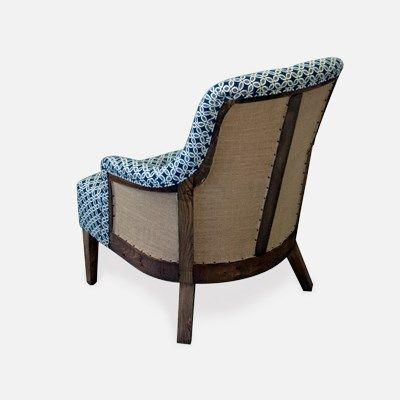 La butaca Carlota es de sofisticada concepción y elegancia. Una pieza vanguardista que emula al estilo vintage.