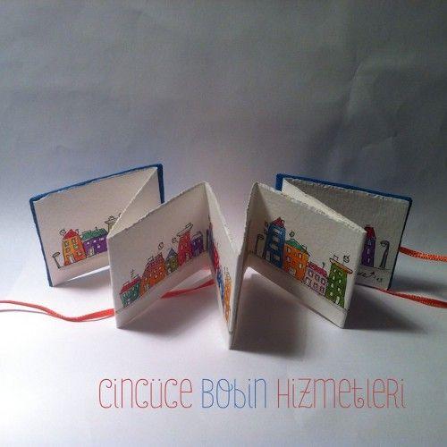 """Cincüce'nin minyatür kitapları - """"Dedikodulu Evler"""" serisi Akordeon kitap / Miniature accordeon book"""