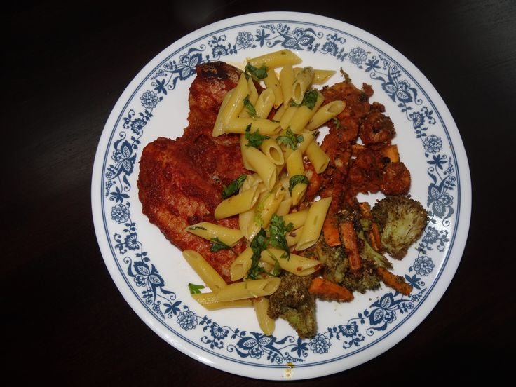 Pasta with Spicy-Baked Sea food & Thyme-Veggies