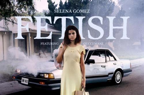"Selena Gomez - Fetish Feat. Gucci Mane  Listen to Selena...  Selena Gomez - Fetish Feat. Gucci Mane    Listen to Selena Gomez's new single ""Fetish"" featuring Gucci Mane.   http://www.hotnewhiphop.com/selena-gomez-fetish-feat-gucci-mane-new-song.1974965.html      http://feedproxy.google.com/~r/realhotnewhiphop/~3/Fy-dlN4HO6k/selena-gomez-fetish-feat-gucci-mane-new-song.1974965.html  http://hiphop.districtdacapo.com/post/162927584025"