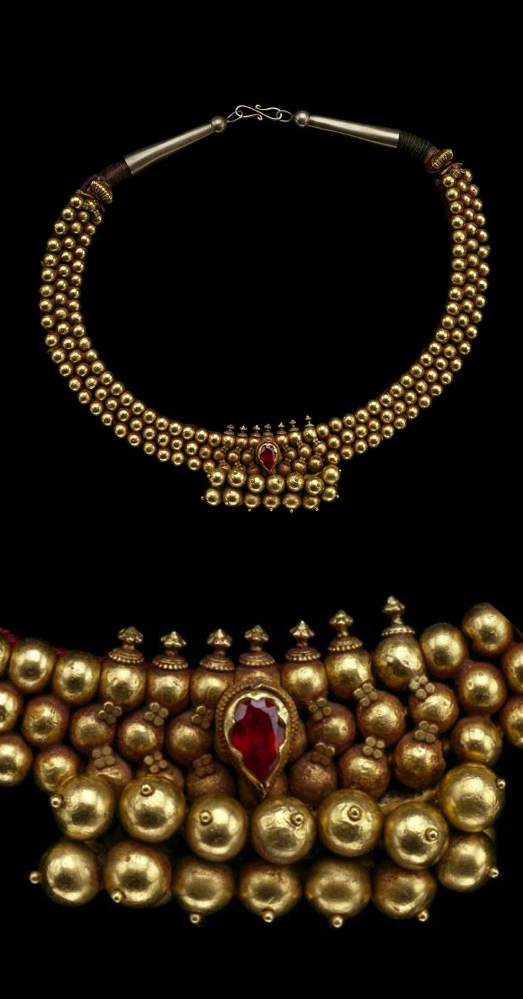 India | Necklace; gold, gold alloy, gemstone and cloth cord | 19th century