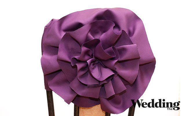 Как сделать украшение на стул в виде тканевого цветка