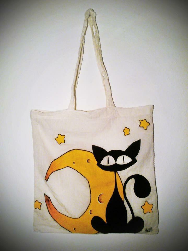 Gato y luna. Bolsa de algodón de 36x36 pintada a mano.