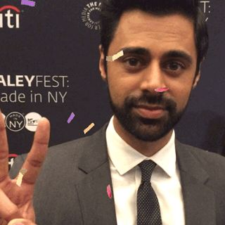 the daily show paleyfest paley center the daily show with trevor noah paleyfest ny hasan minhaj trending #GIF on #Giphy via #IFTTT http://gph.is/2edjySo
