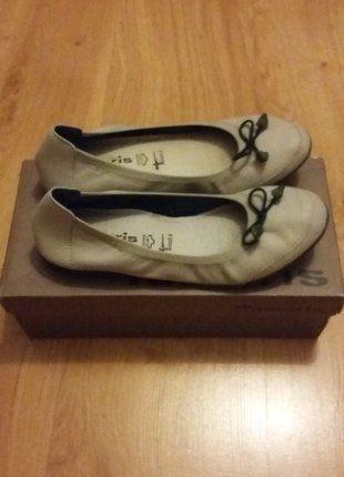 Kup mój przedmiot na #vintedpl http://www.vinted.pl/damskie-obuwie/balerinki/17292696-baleriny-skorzane-tamaris