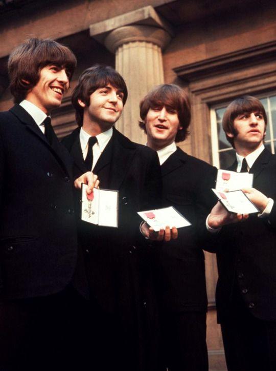 Beatles MBE 1965
