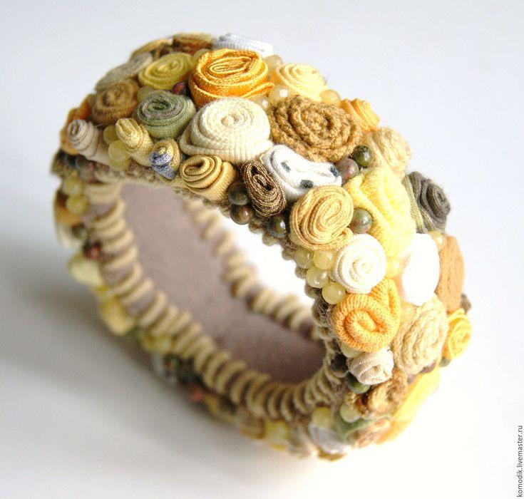 """Купить браслет  """"Горчично- желтый"""", с яшмой и кварцем - подарок женщине, красивое украшение, текстильный браслет"""