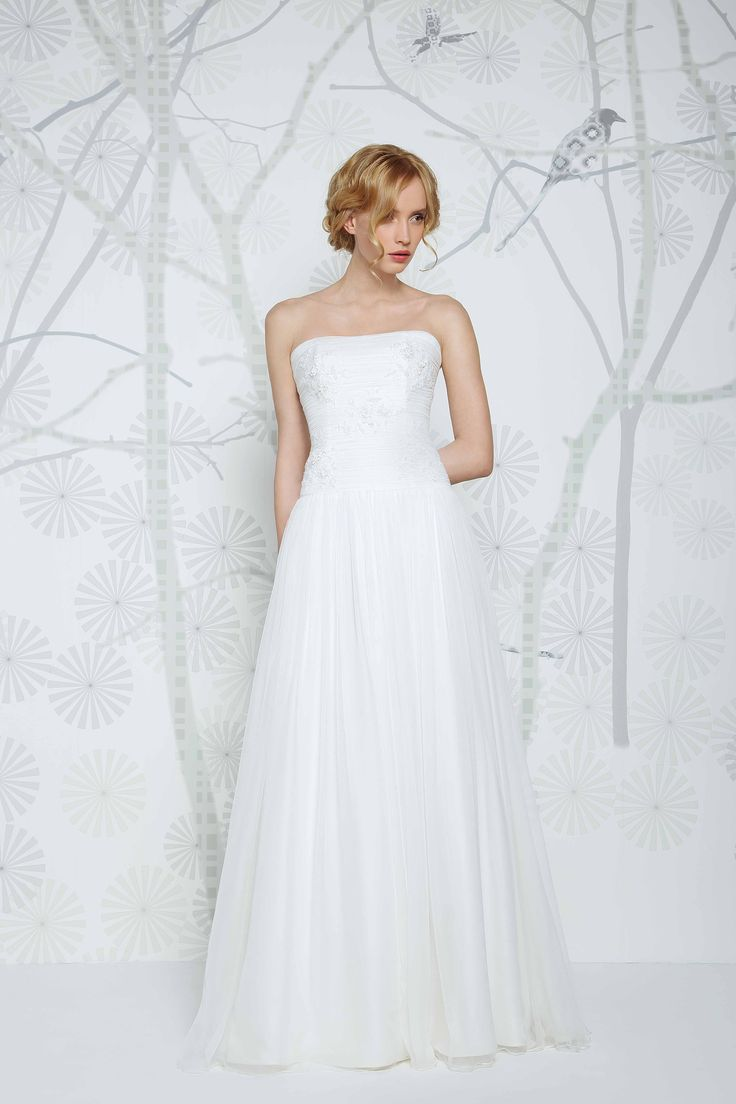 Beautiful #bridal gown by Sadoni #modernvintage elegant dropped waist with lace detail. Available from Caroline Clark Bridal Boutique, Droitwich, 01905799474.